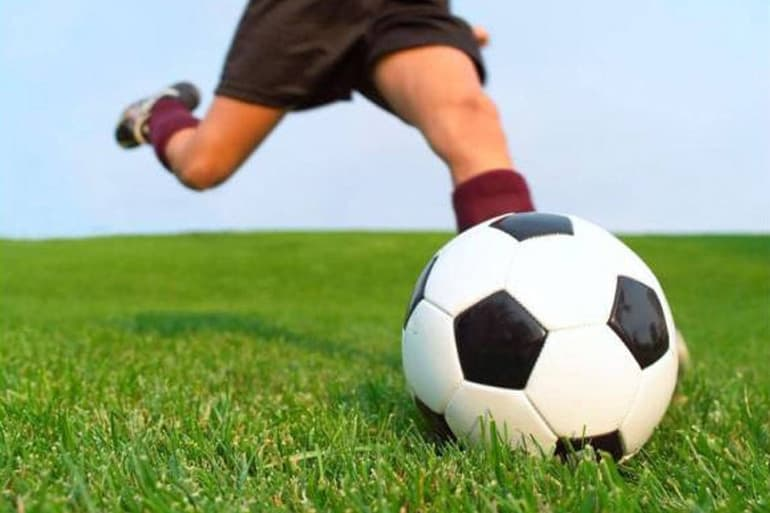 Common Soccer Injuries, knee injuries - lilyfield physio